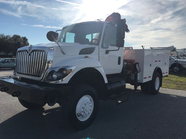 knuckle boom truck for sale